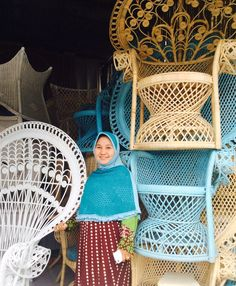 Doctor Coconuts peacock chairs from Ubud