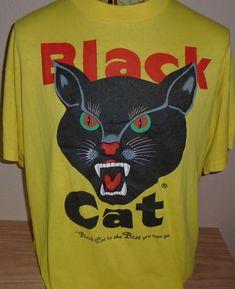 3ee56e94f3a7 vintage Black Cat Fireworks t shirt 50 50 size XL