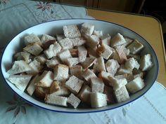 Μεταμορφωνοντας το μπαγιάτικο ψωμάκι σε φανταστικό σουφλέ Feta, Oatmeal, Cheese, Breakfast, Recipes, Rice, Potatoes, The Oatmeal, Morning Coffee