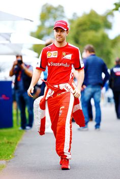 Sebastian Vettel now looks like a pizza delivery boy