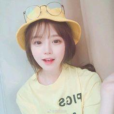 Korean Fashion – Designer Fashion Tips Ulzzang Korean Girl, Cute Korean Girl, Cute Asian Girls, Cute Girls, Girl Korea, Asia Girl, Uzzlang Girl, Girl Face, Korean Beauty