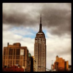 The Queen of Manhattan. I Love Nyc, Empire State Building, Manhattan, To Go, Queen, Spaces, Cool Stuff, City, World