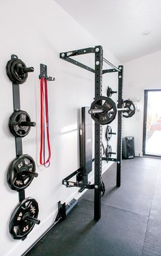 The gym is finally done and fully funcitonal! I shared a little peek and had so many questions on sources, design process, and everything in between. Home Gym Basement, Home Gym Garage, Gym Room At Home, Barn Garage, Garage House, Garage Shop, Garage Plans, Garage Workshop, Garage Ideas