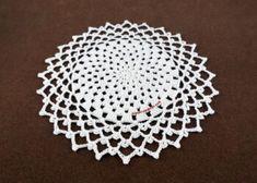 Spiral Crochet, Crochet Round, Crochet Motif, Crochet Designs, Easy Crochet, Free Crochet Snowflake Patterns, Crochet Snowflakes, Crochet Patterns, Basic Crochet Stitches