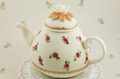 Time for Tea? My 10 favourite Teapot Cake designs. Gorgeous Cakes, Amazing Cakes, Tea Cakes, Cupcake Cakes, Cupcakes, Teapot Cake, Sunflower Cakes, Woodland Cake, Vanilla Sponge Cake