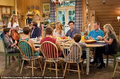 The Full House sequel series, Fuller House, aired on February 26 with the original cast ex...