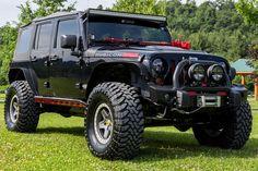 Custom 2012 Jeep Wrangler Rubicon Unlimited with 5.7liter Hemi
