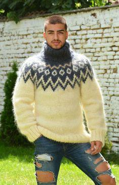 Mohair Yarn, Mohair Sweater, Wool Sweaters, Men Sweater, Icelandic Sweaters, Fashion Project, Sweater Fashion, Men's Fashion, Lana
