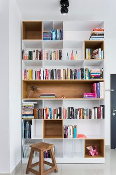 Ideas For Home Library Scandinavian Living Rooms Bookshelves In Living Room, Living Room Storage, Interior Design Living Room, Living Room Decor, Living Rooms, Muebles Living, Bookshelf Design, Home Libraries, Scandinavian Living