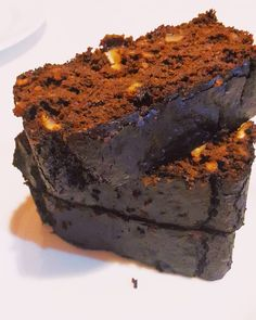 Who says this beautiful cake is fat-free – because it's carob-horned … - FRUCHTEİS MODELB Dukan Diet, Homemade Beauty Products, Lose Fat, Healthy Desserts, Beautiful Cakes, Fitness Diet, Chocolate Cake, Sugar Free, Deserts