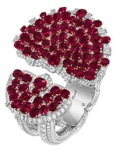 Van Cleef Arpels, Emerald Pendant, Pendant Set, Diamond Pendant, Diamond Rings, Marlene Dietrich, Ruby Bracelet, Bracelets, Pear Shaped Diamond