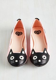 Up Your Alley Cat Flat in Pink Dots affiliate