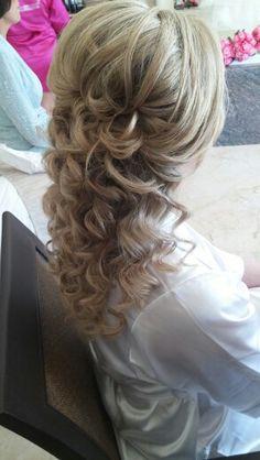 Lindo peinado semi recogido!