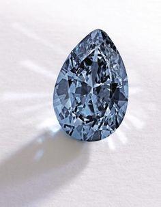 20日にニューヨークのサザビーズで落札されたブルーダイヤモンド(サザビーズ提供・AP=共同) ▼22Nov2014共同通信|NY、38億円でダイヤ落札 史上最高額とサザビーズ http://www.47news.jp/CN/201411/CN2014112201001172.html