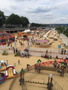 @neil_harkness - @BrittanyFerries @EnjoyRouenNdy it's a lovely city even has a beach in summer