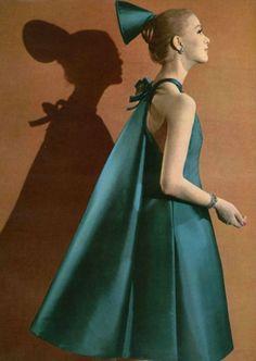 Roberto Capucci dress, L'Officiel March 1962