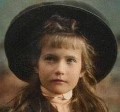 Romanov Sisters, Queen Victoria Prince Albert, Anastasia Romanov, Tsar Nicholas Ii, Imperial Russia, Women In History, Royals, Victorian, Black And White