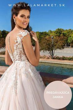 Cena: 550 € Silueta: A-Línia Veľkosť na štítku: 38 (EU) Značka/dizajnér: Crystal Design Stav: Použité (oblečené na svadbe) #svadobnesaty #svadba #nevesta #weddingdress #wedding #bride #weddingoutfit #slowfashion