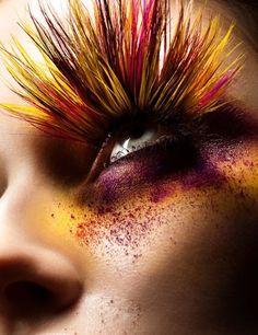 amazing edgy feather makeup & false eyelashes