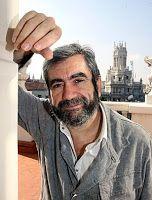 Entre montones de libros: Entrevista con Antonio Muñoz Molina.
