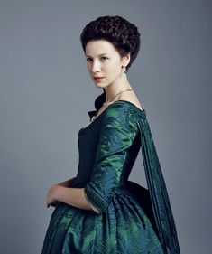 Caitriona Balfe Outlander, Outlander Tv, Costumes Outlander, Terry Dresbach, 18th Century Costume, 18th Century Fashion, Claire Fraser, Historical Clothing, Historical Dress