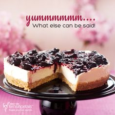 What can you say? http://www.fnp.ae/ #fernsnpetalsUAE #cake