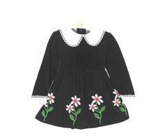 Vintage Girls Dress In Black Velvet and Daisies Size 5 by udaskids