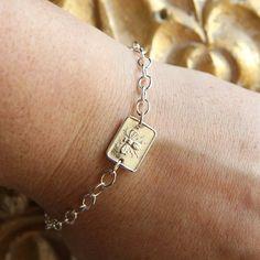 Bee wax seal bracelet