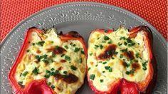 Morrones rellenos con cebolla, choclo y queso . Gastronomia.com.uy