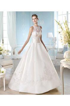 #2014 #Costura #SanPatrick #WeddingDress2014 #bridalgowns #whiteweddingdresses