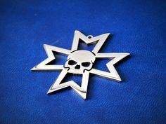 Black Templars warhammer 40k pendant or keychain stainless steel / Warhammer 40k Black Templars / Warhammer 40k / space marines cosplay by FanCraftShop on Etsy