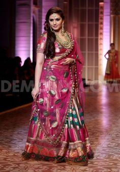 Ashima Leena em Aamby Valley Índia Fashion Week nupcial 2013