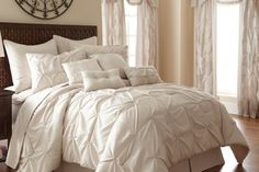 Desde $2,499 por bedroom set de 24 piezas en modelo y tamaño a elección. Incluye envío
