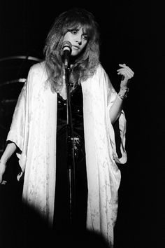 6 ways to channel Stevie Nicks' iconic style