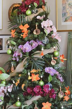 Tropical Bohemian Christmas Tree - Casa Watkins Living Bohemian Christmas, Coastal Christmas, Christmas Holidays, Christmas Wreaths, Tropical Christmas Decorations, Holiday Decor, Floral Wreath, House Styles, Palm Fronds