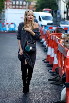 Streetstyle: Over the knee boots, oversized knit, overknees, Chloé Drew bag | www.ohhcouture.com #ohhcouture
