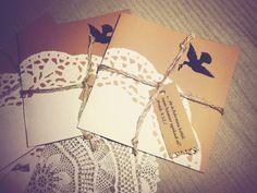 tortacsipke+diy+esküvői+meghívó Wedding Blog, Diy Wedding, Wedding Favors, Wedding Ideas, Wedding Invitation Cards, Gift Wrapping, Tags, Wedding, Wedding Keepsakes
