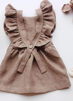 Slow Children's Fashion at Freya Lillie Toddler Fashion, Fashion Kids, Girl Fashion, Fashion Dresses, Womens Fashion, Little Girl Dresses, Girls Dresses, Vintage Kids Fashion, Baby Kind