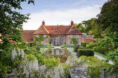 Berkshire — Dan Pearson Studio Garden Art, Home And Garden, Dan Pearson, Largest Countries, My Dream Home, Planters, Cabin, Mansions, Landscape