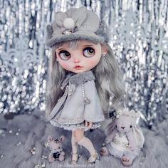 Miss Grey Blythe Doll