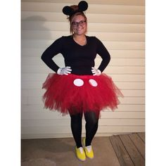 tutorial no sew minnie mouse costume with a tutu and bow. Black Bedroom Furniture Sets. Home Design Ideas