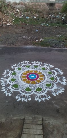 Easy Rangoli Designs Diwali, Simple Rangoli Designs Images, Rangoli Designs Latest, Rangoli Designs Flower, Free Hand Rangoli Design, Rangoli Border Designs, Small Rangoli Design, Rangoli Patterns, Rangoli Ideas