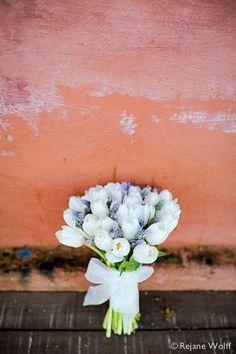 透明感のある花束がSWEET♡チューリップのブーケが可愛い♡にて紹介している画像