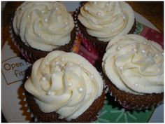 Hot Buttered Rum Cupcakes...had this down to try last year, but ran out of time.  why wait until the holidays?