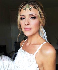 Maquillaje novia tradicional. Te mostramos modelos que se ajustan a todos los estilos. Hippy Chic, Mo S, Makeup Looks, Camisole Top, Wedding Day, Bride, Tank Tops, Beauty, Instagram