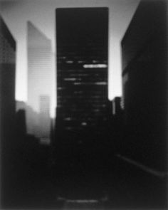 Seagram Building, Ludwig Mies van der Rohe / Hiroshi Sugimoto / 1997