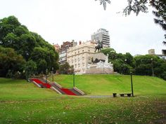 Nice view of one of the  parcs at Libertador Avenue