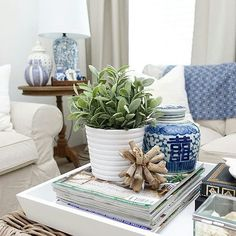 Coffee Table Vignettes, Side Coffee Table, Coffee Table Styling, Hamptons House, The Hamptons, Table Arrangements, White Rooms, Ginger Jars, House Interiors