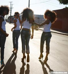 Cool group of #naturalhair ladies in jeans and white tees