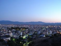 Town of Agrinio at night, West Greece, Greece -SkyscraperCity Seattle Skyline, Paris Skyline, Cool Countries, First Photo, Continents, San Francisco Skyline, Places To Travel, Beautiful Places, Breast